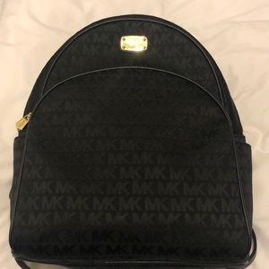 Michael Kors abbey bag